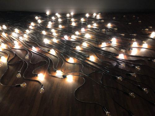 クリスチャンボルタンスキー展の電球の展示