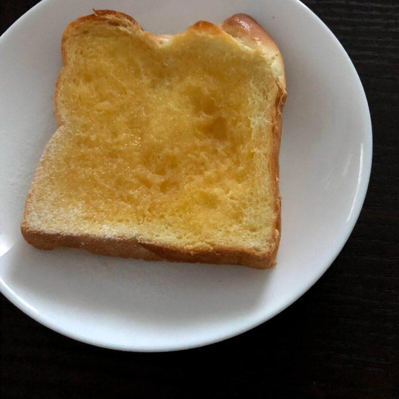 私のフレンチトーストを塗って表面が削れた高級食パン