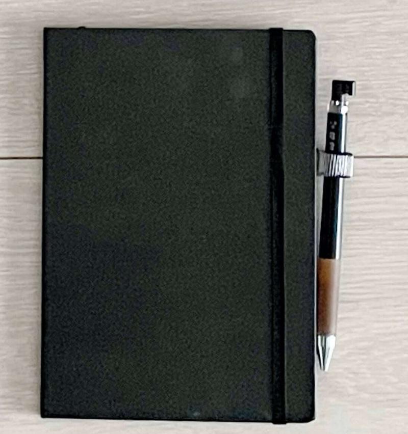 B6ノートとペン